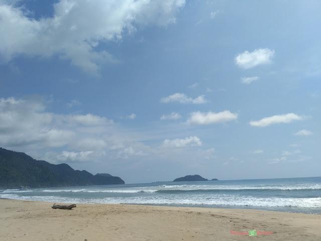 pantai di aceh