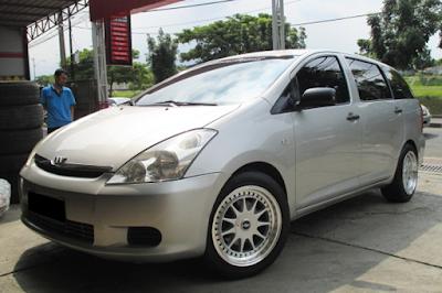 Toyota Wish Modifikasi