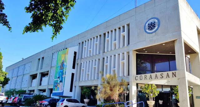 Fachada de la Corporación del Acueducto y Alcantarillado de Santiago (CORAASAN)