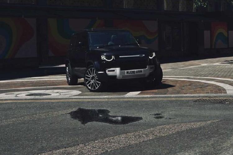 Land Rover Defender 2020 độ từ Kahn chào bán hơn 2 tỷ đồng