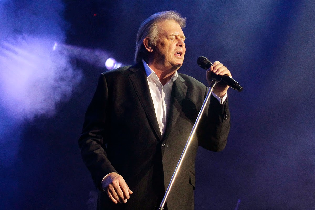 John Farnham is the one Australian artist who stages arena-sized concerts whenever he tours to satisfy the demand.http://www.jinglejanglejungle.net/2015/01/jpf.html #JohnFarnham
