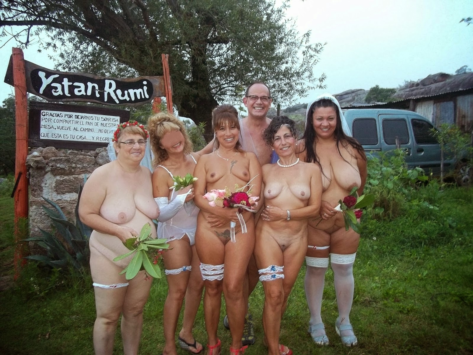 Ordinary amateur mature naked women