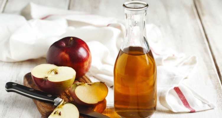 5 Uses and Benefits of Apple Cider Vinegar
