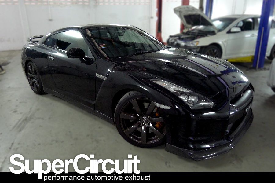 supercircuit exhaust pro shop nissan skyline gtr r35 y pipe. Black Bedroom Furniture Sets. Home Design Ideas