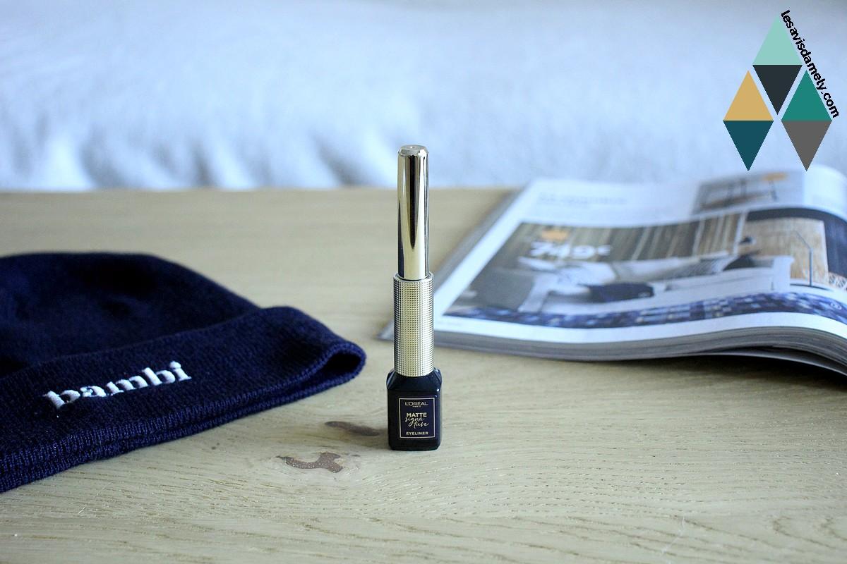 revue beauté liner matte signature noir intense mat longue tenue