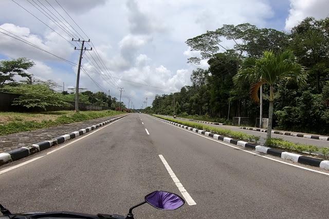 jalan dari bandara Belitung ke Tanjung Pandan