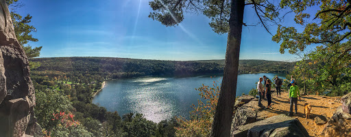 View from atop the Balanced Rock Trail at the intersection with the East Bluff Trail at Devil's Lake State Park