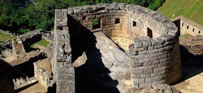 Temple of the Sun in Machu Picchu
