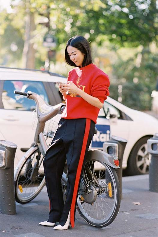 Yoyo-Cao-Street-style-at-Paris-Fashion-Week-Spring-Summer