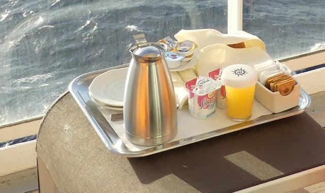 MSC Armonia - Frühstück auf der Kabine