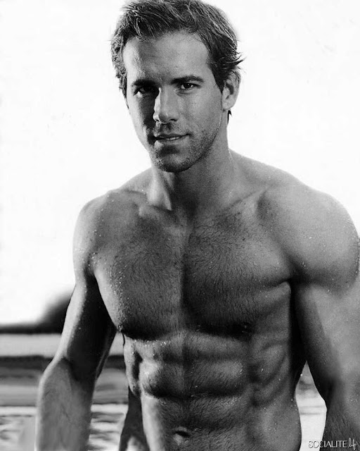 ryan reynolds topless