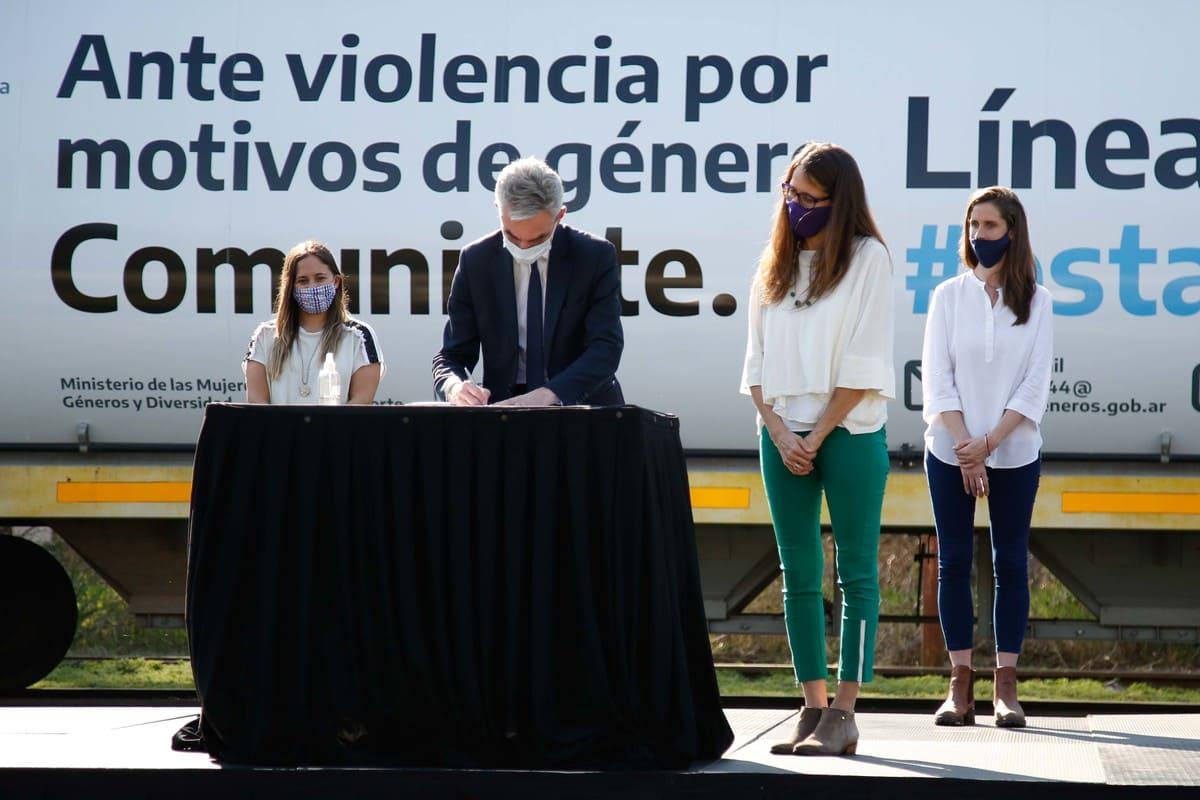 Firman convenio para la prevención de las situaciones de violencia por motivos de género