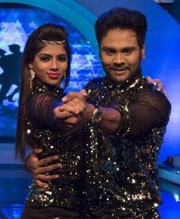 Karthik and Shali -Manada Mayilada10