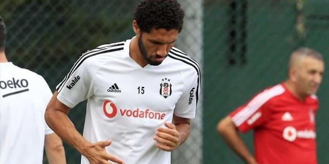 طرد محمد النني في أول مباراة مع بشكتاش