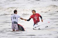 surf30 olimpiadas JPN ath Kanoa Igarashi ath INA ath Rio Waida ath ph Sean Evans ph