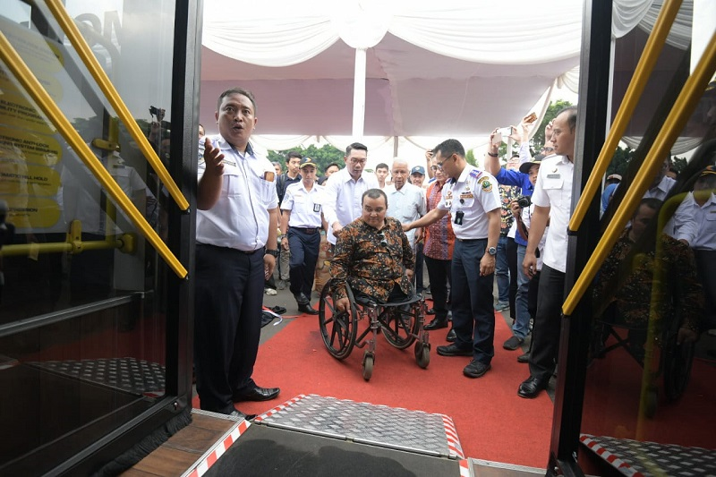 Gubernur Jabar Louncing Bis Ramah Lingkungan, Disabilitas dan Ibu Hamil dan Anak-Anak