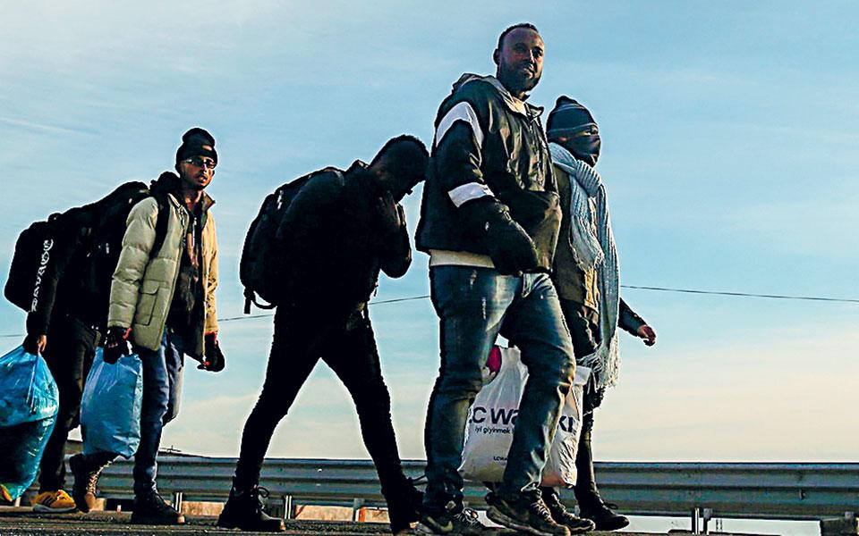 «Αγνοούνται» 32.000 λαθρομετανάστες