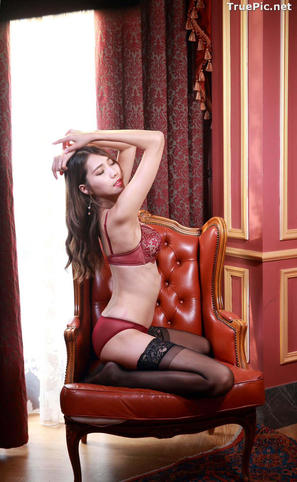 Image Taiwanese Long Legs Model - 黃韻斐 - Sexy Girl In Lingerie At Room - TruePic.net - Picture-6