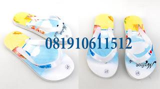 Sandal souvenir anak