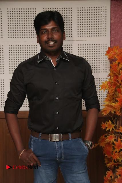9 Giragankalum Ucham Petravan Tamil Movie Pooja Stills  0001.jpg