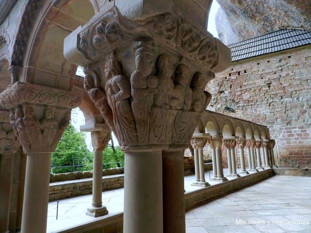 Capiteles, claustro, Monasterio de San Juan de la Peña, Jaca