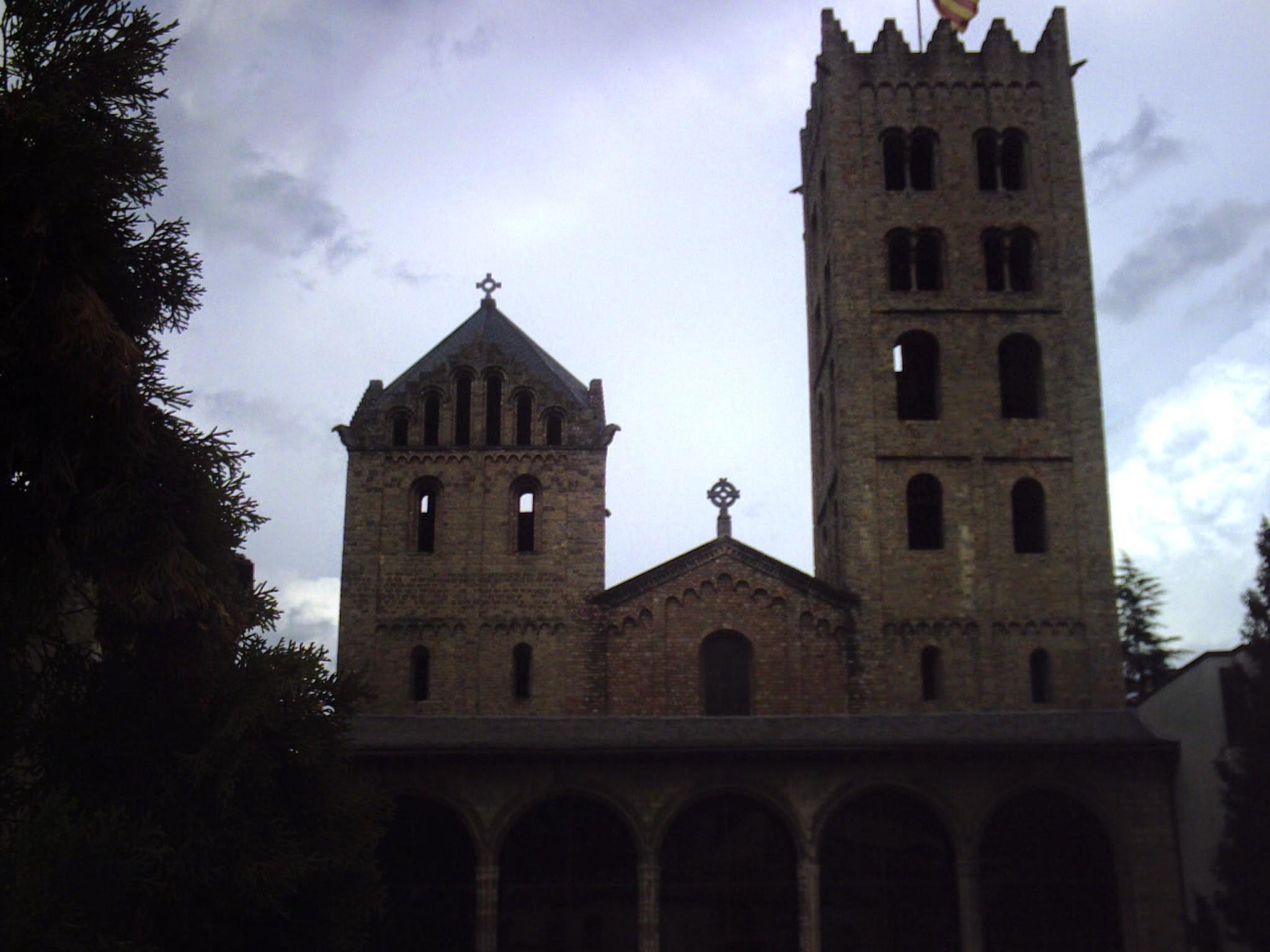 Monestir romanic de Santa Maria de Ripoll Ripolles