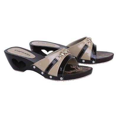 Sandal Kelom Wanita Catenzo YT 055