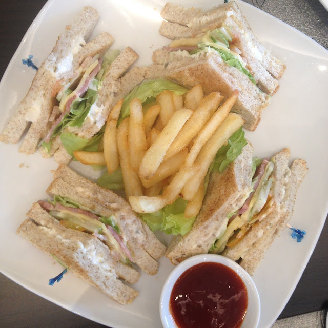 Clubhouse sandwich at Cafe Breeze