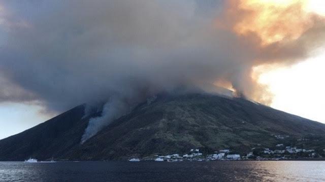 CNG, eruzione Stromboli, geologi: veicolare i piani di emergenza alla popolazione e ai turisti