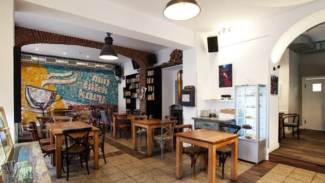 TURISMO: Sabores de outono, os cafés tchecos