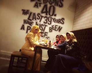 Tempat Makan Romantis di Cirebon
