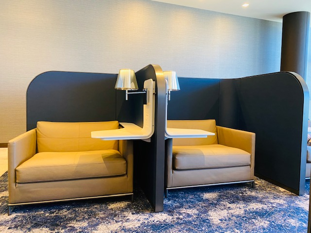 LAX United Polaris Lounge Review For Swiss Business Class LAX - Zurich (ZRH)