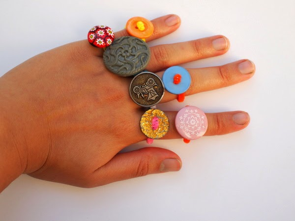 super fun and easy button ring jewlery  craft for kids
