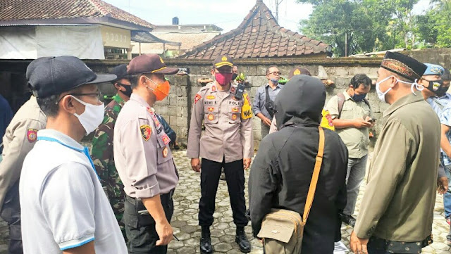 Polres Lotim Mengamankan Hering di Desa Gelora Terkait Bansos