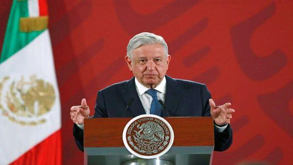 Presidente de México destaca avances del plan nacional de salud