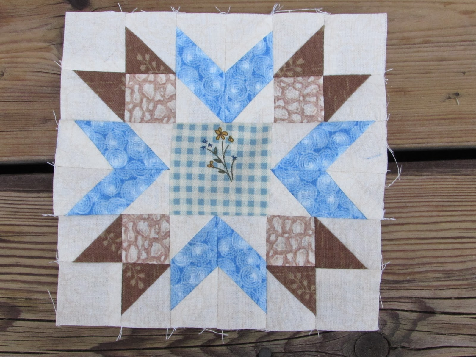 At The Corner Of Scraps And Quilts Voil 224 I Did It