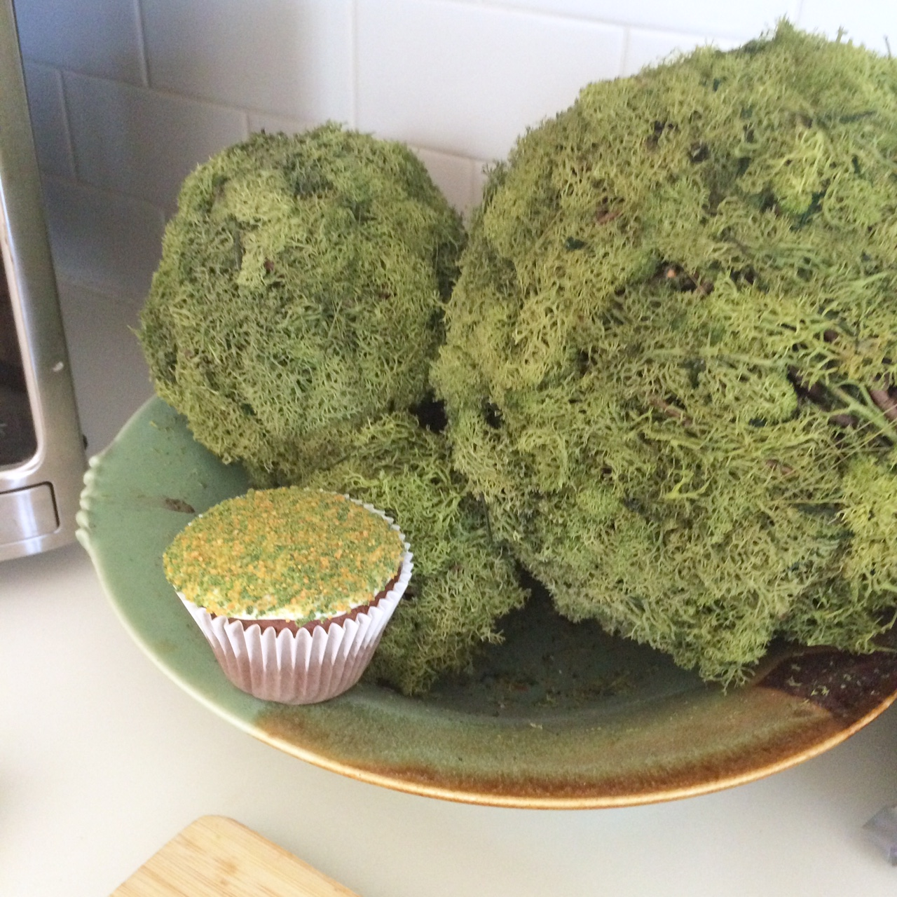 Woodland Birthday Food Ideas green moss cupcakes