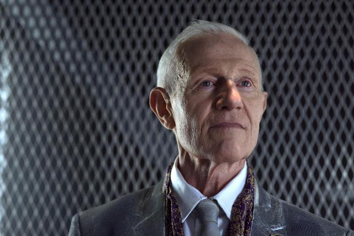 Gotham - Season 3 - Raymond J. Barry to Recur