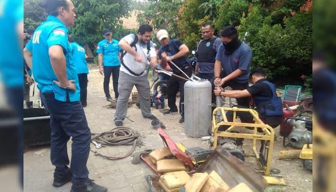 BNN Bongkar Penyelundupan 200 Kg Ganja Tersimpan dalam Kompresor di Halaman SD Negeri di Kramatjati