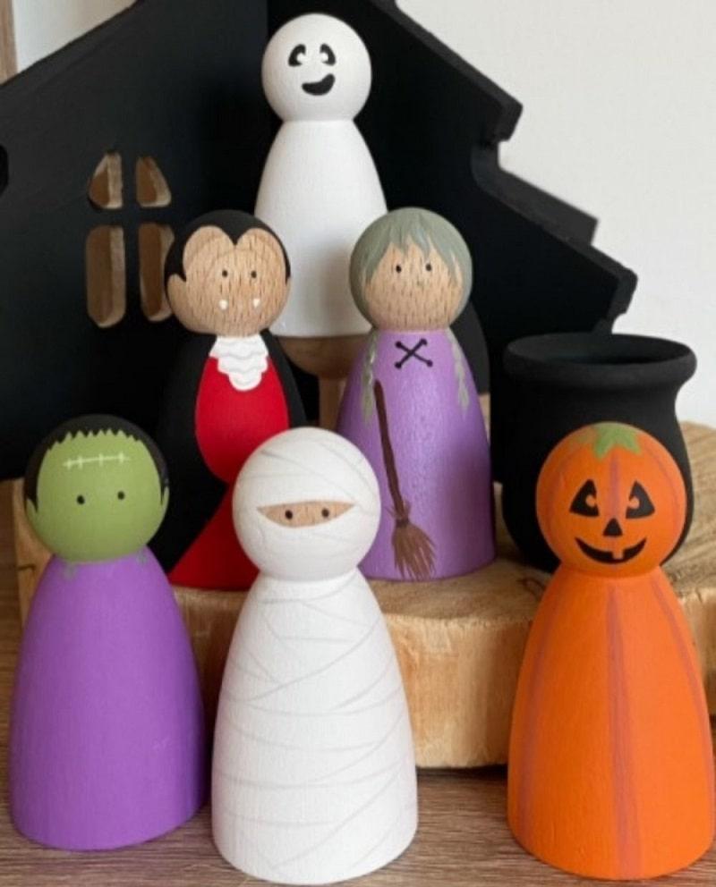 chunky halloween peg people