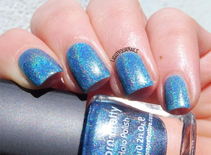 #smalto olografico blu #bornpretty n. 10 #holographic blue nail polish #nails #lightyournails
