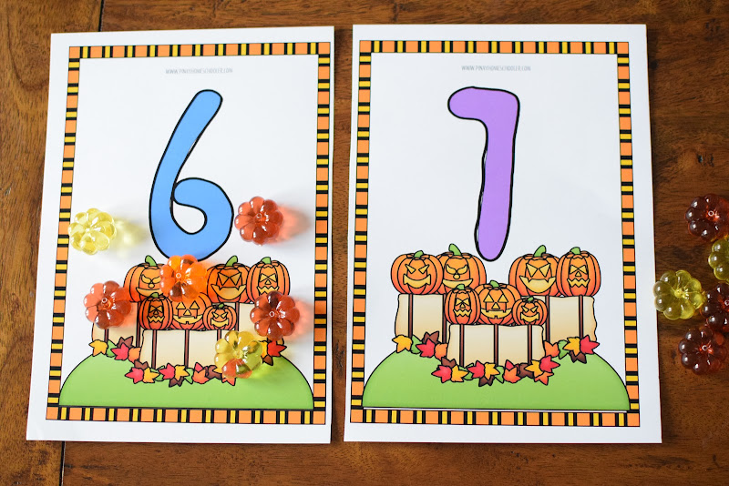 HALLOWEEN THEMED: COUNTING DOUGH MATS