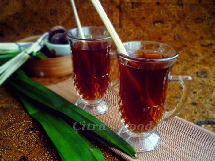 Indonesian Lemongrass herb drink for chill days / WEDANG SEREH | Çitra's Home Diary