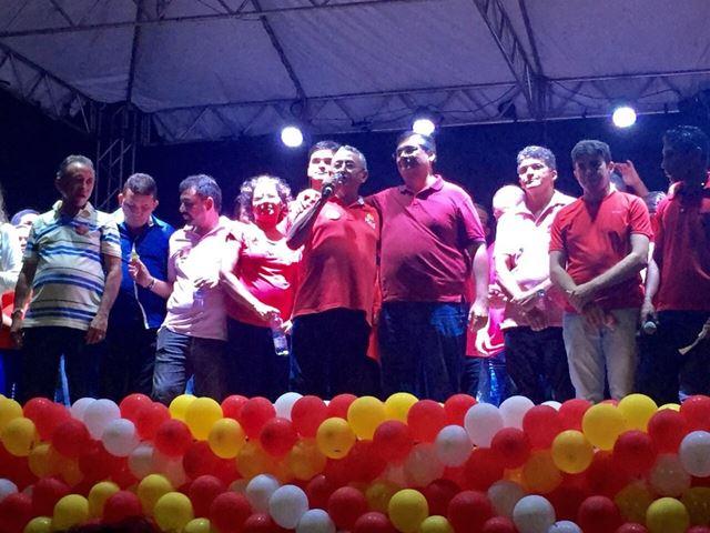 Com a presença de Flávio Dino, multidão participa de ato 65 em Barreirinhas e confirma favoritismo de Dr. Amílcar