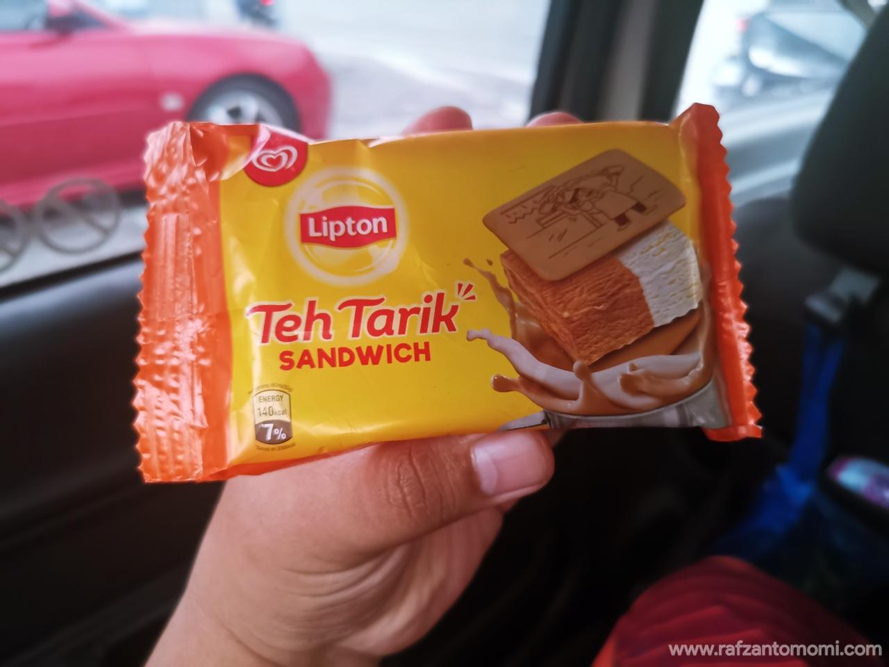 Cuba Walls x Lipton Teh Tarik Sandwich
