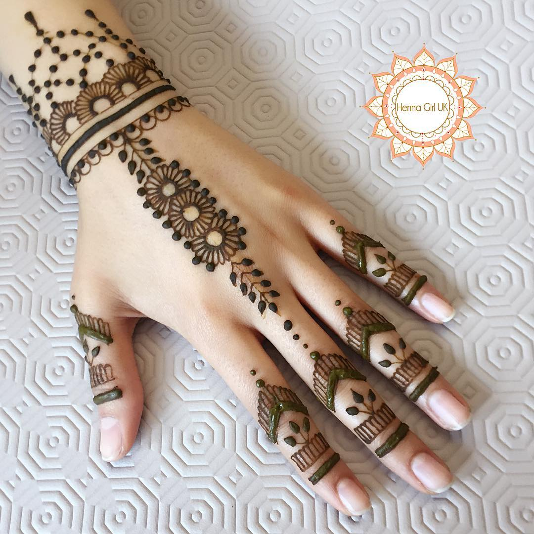 Pretty Henna Designs: 125+ New Simple Mehndi/Henna Designs For Hands
