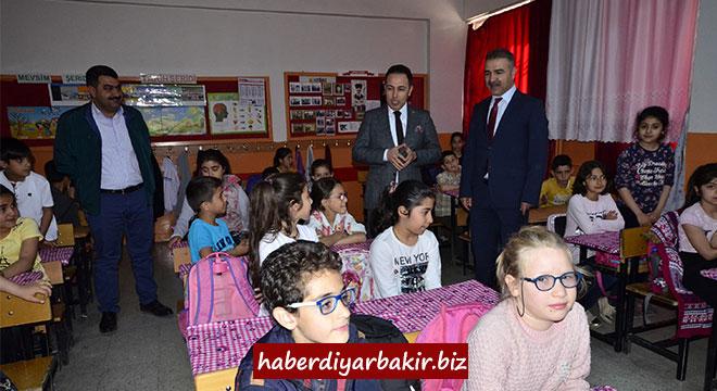 DİSKİ, Ergani'de suyun bilinçli kullanımı konusunda öğrencileri bilgilendirdi