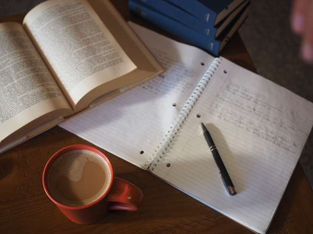 Atividades e exercícios de literatura brasileira