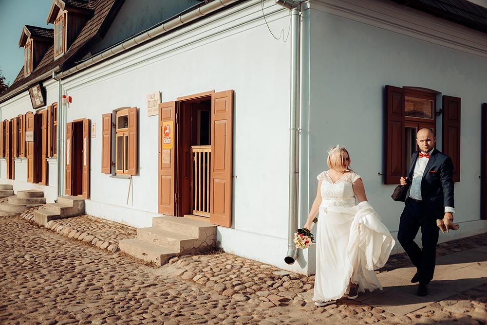 sesja ślubna, skansen, Lublin, fotograf ślubny, Muzeum Wsi Lubelskiej