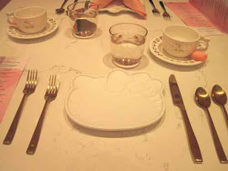 Hello Kitty Tea Place Setting.